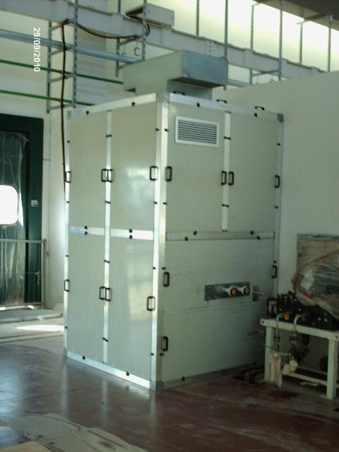 Cabina silente pannelli ecoplas rivestiti in lamiera e struttura in alluminio