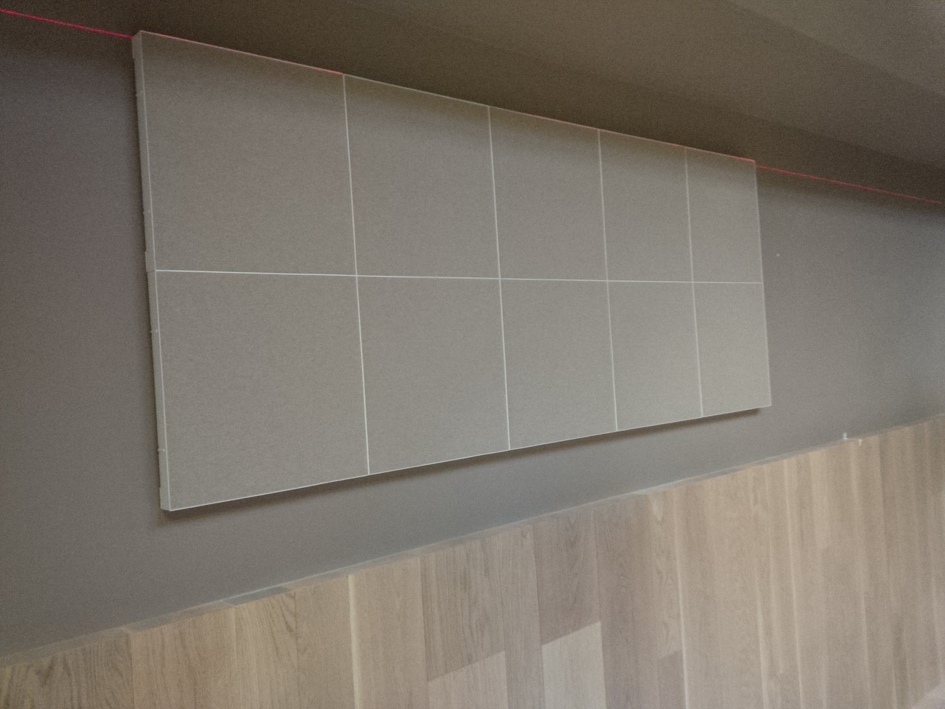 Correzione acustica parete ristorante milano con pannelli stylli