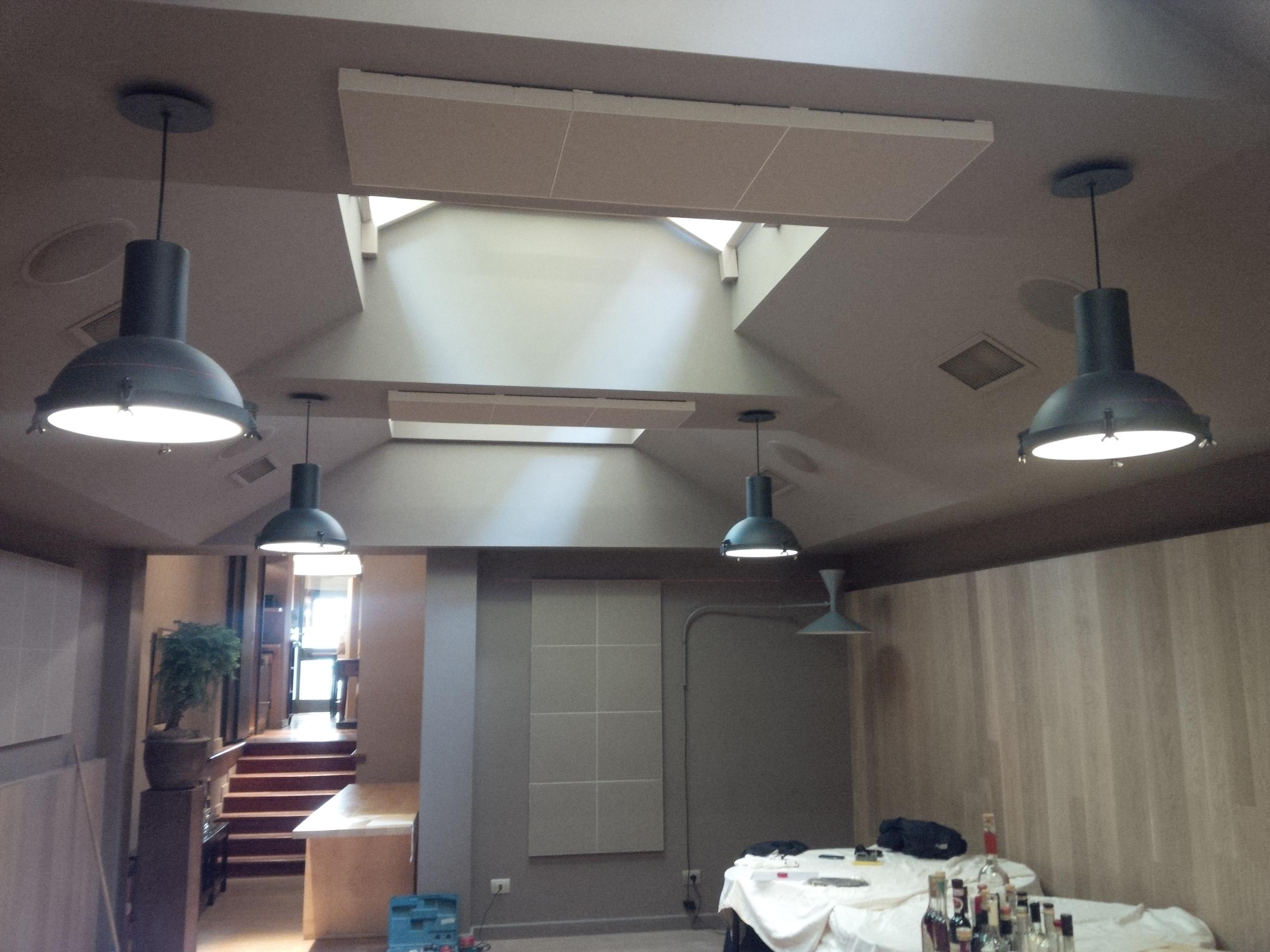 Correzione acustica pareti e soffitti ristoirante milano con pannelli stylli