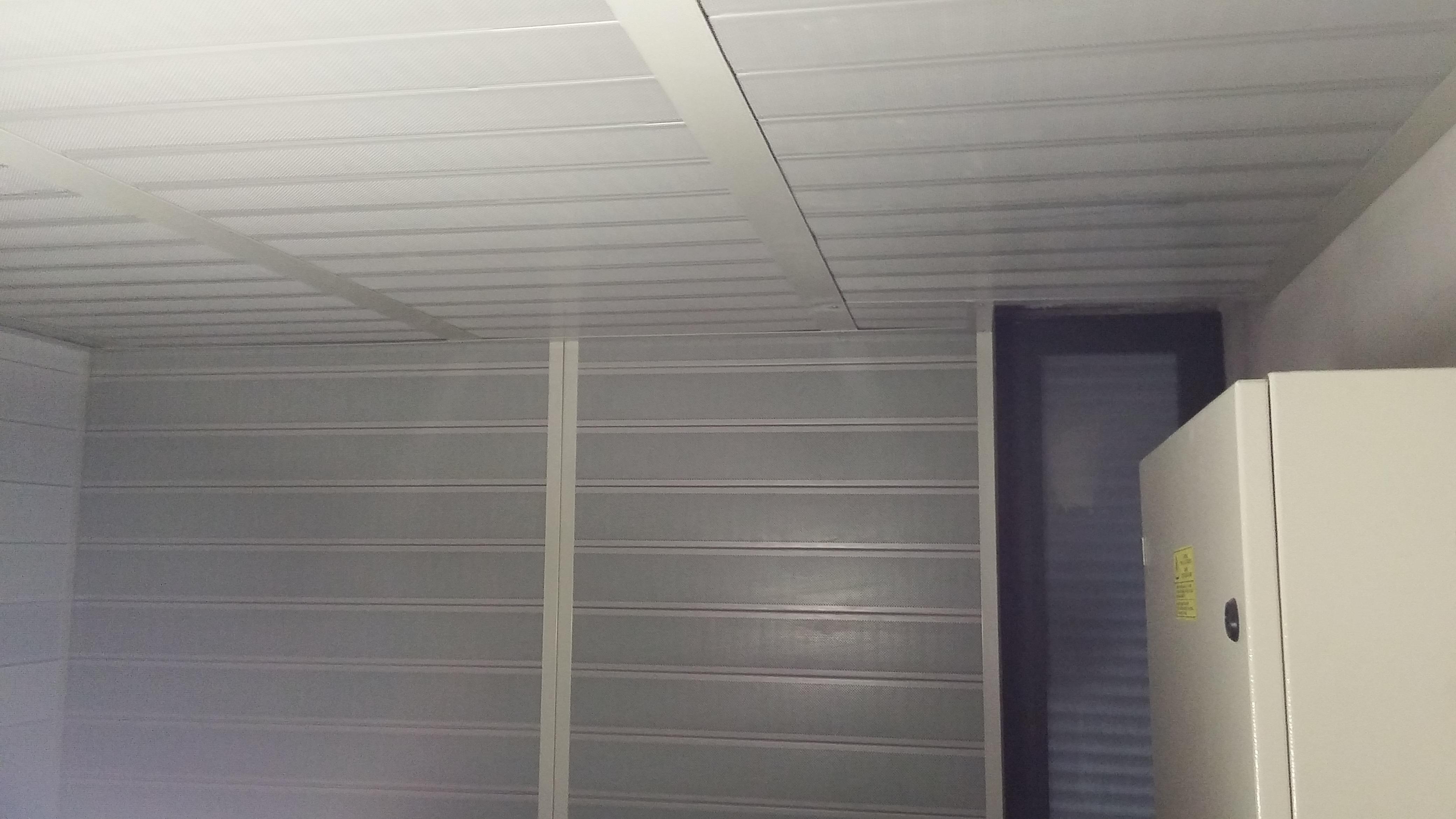 Isolalmento acustico locale ascensore pareti e soffitto