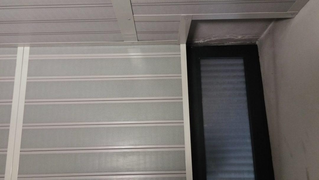Isolamento acustico locale ascensore, rivestimento fonoisolante parete e soffitto