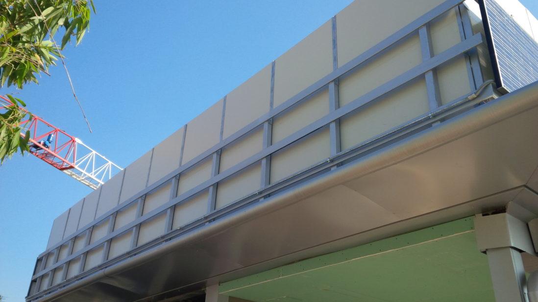 Pannelli fonoassorbenti e fonoisolanti in acciaio, per schermatura acustica, vista esterno